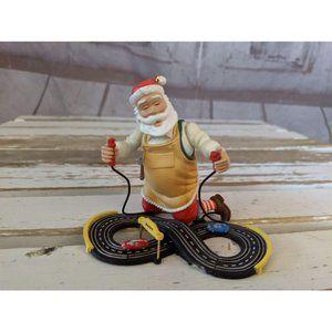 Hallmark Keepsake 2007 Toymaker Santa Race Car Tra